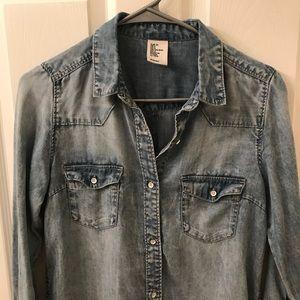 H&M Tops - Long chambray shirt